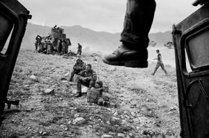 Bouvet11 300x198 Afghanistan : dans la vallée d'Ouzbîn avec Eric Bouvet