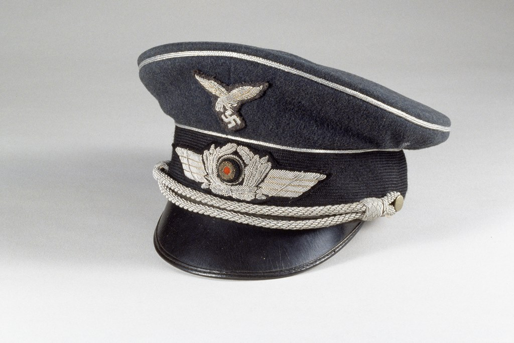 Casquette d'officier de la Luftwaffe allemande