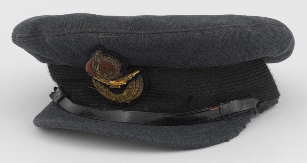 Casquette d'officier de la Royal Air Force britannique