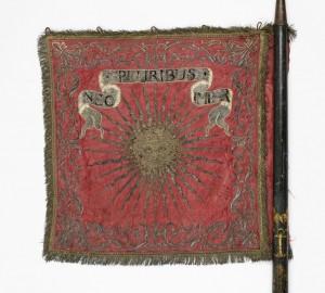 Etendard du régiment Penthièvre-cavalerie, revers. Collection privée.