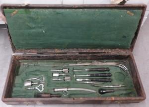 Boîte d'instruments de chirurgie pendant la campagne de Russie de 1812