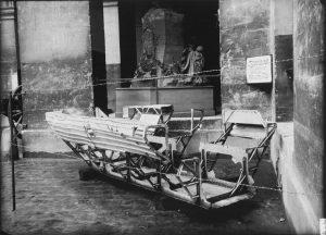 09 576017 300x216 1914 1918, Paris bombardée… par les zeppelins [2/3]